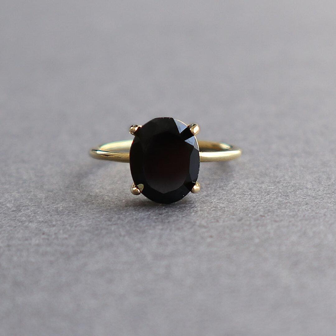 宝石質 ブラックスピネル AAA オーバルファセットカット 10×8mm / Silver925指輪