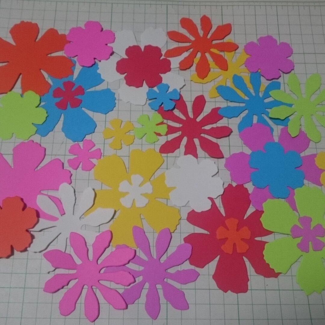 ★ダイカット 大きなお花たち  32枚