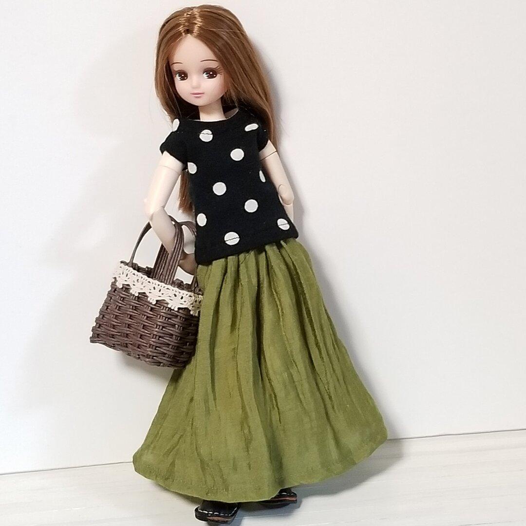 シワ加工☆薄いスカート.ドール洋服(リカちゃんブライスの洋服)グリーン