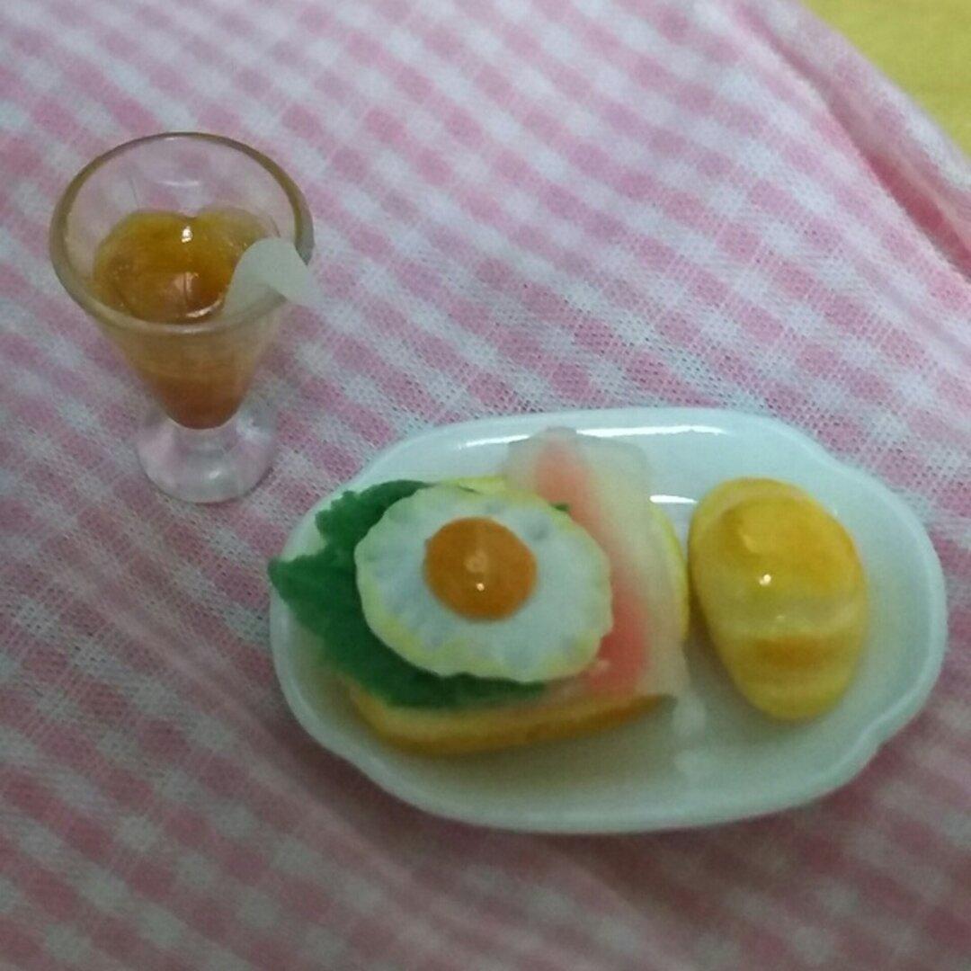 ミニチュア ベーコンエッグトースト&ロールパン