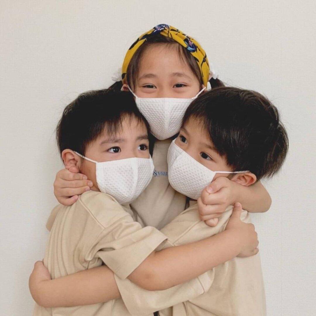 こだわり高機能オールシーズンマスク【抗菌・防臭・速乾・洗濯可】蒸れない呼吸快適特殊素材+銀イオンマスク