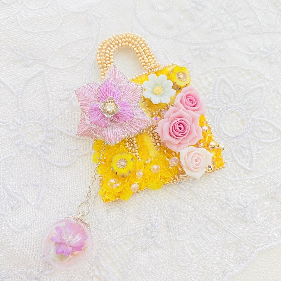 クラシカルバッグモチーフのオートクチュール刺繍ブローチ