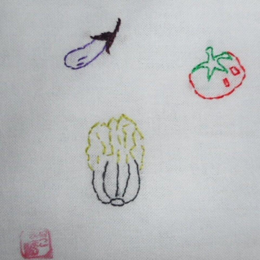 手刺繡 ハンカチ ナフキン  トマト