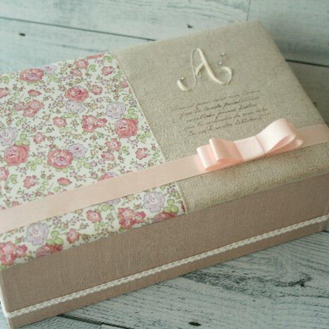 sale!  リバティと白糸刺繍Aのボックス
