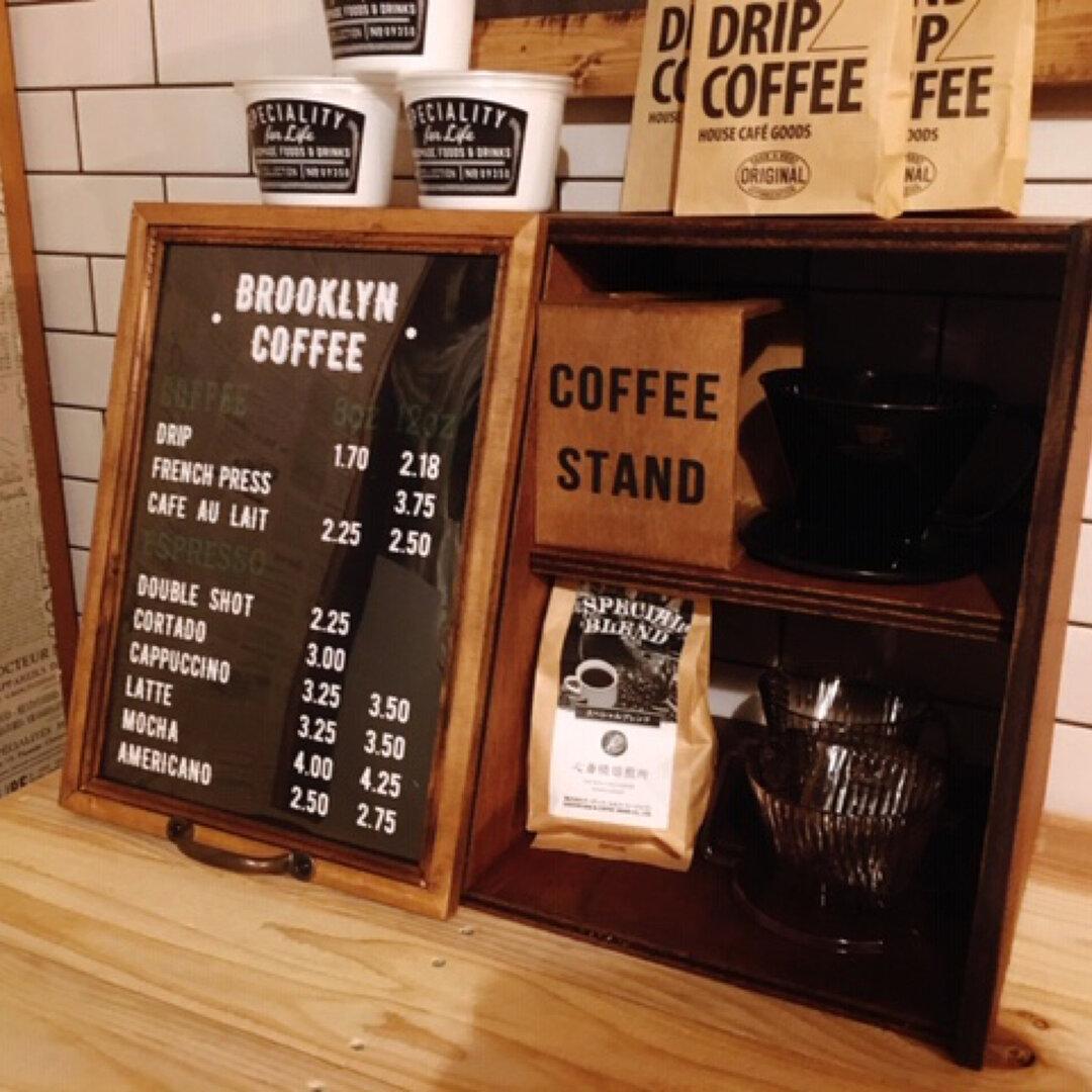カフェ ショーケース    メニューボード扉  ブルックリン