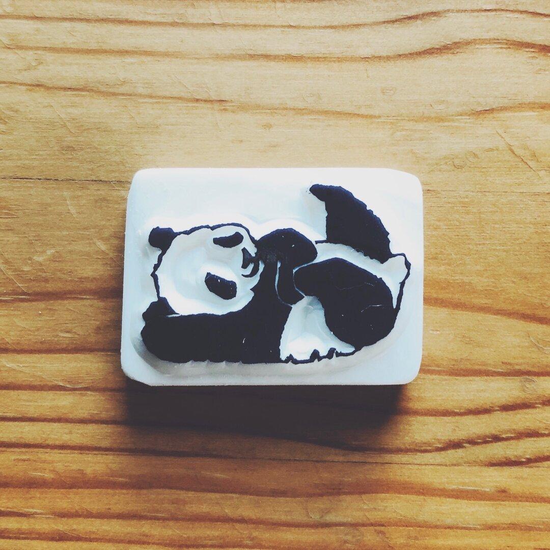 パンダの消しゴムはんこ(ごろりんぱんだ)
