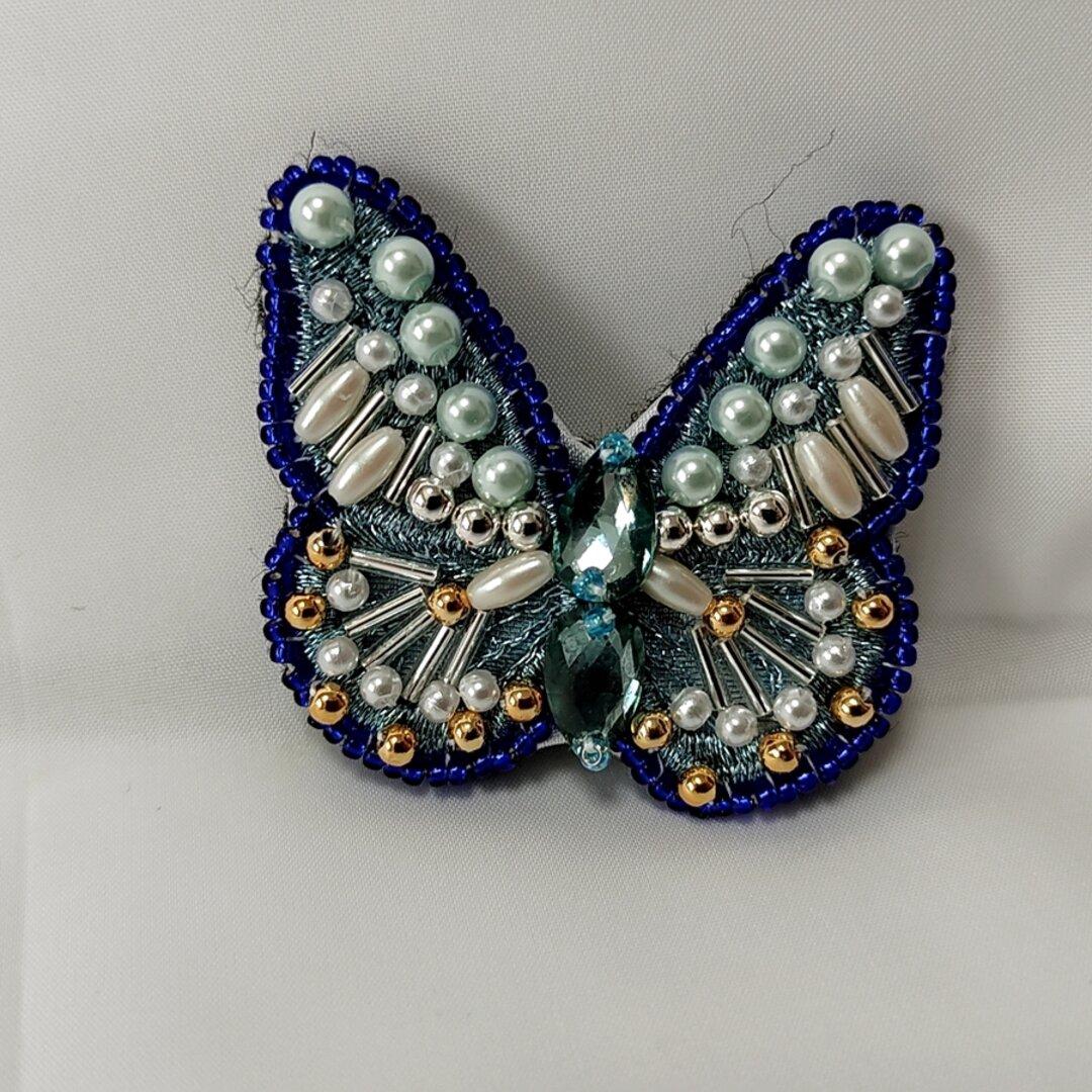 蝶のブローチ(ブルー)
