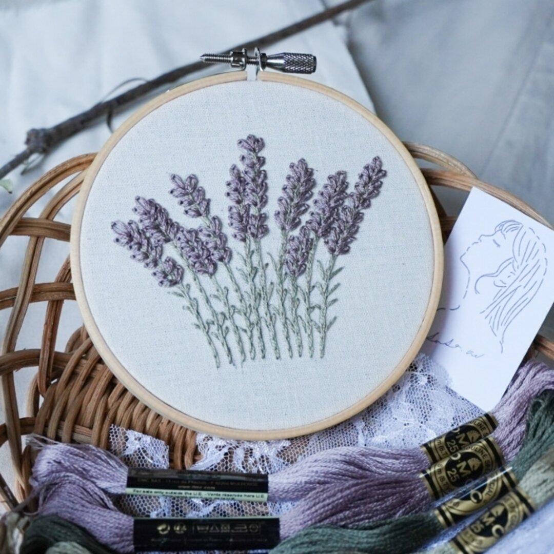 ラベンダーの刺繍枠