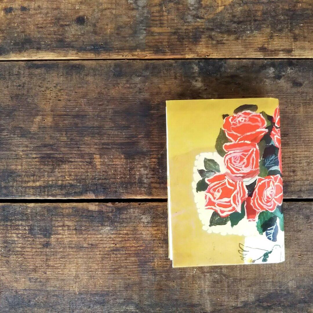 絵本なブックカバー『バラの花瓶』