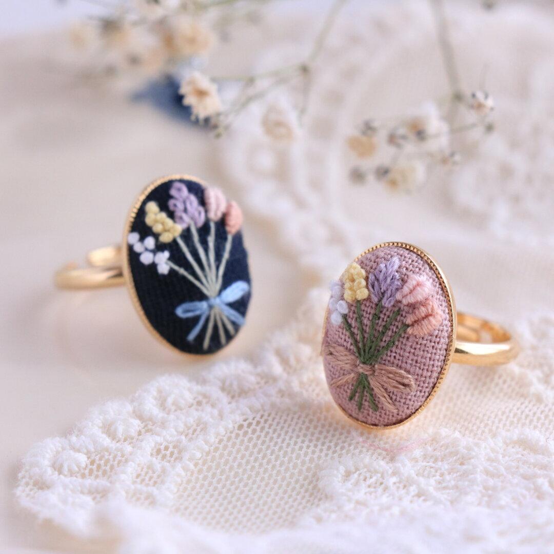 花束刺繍のリング(10~11号)