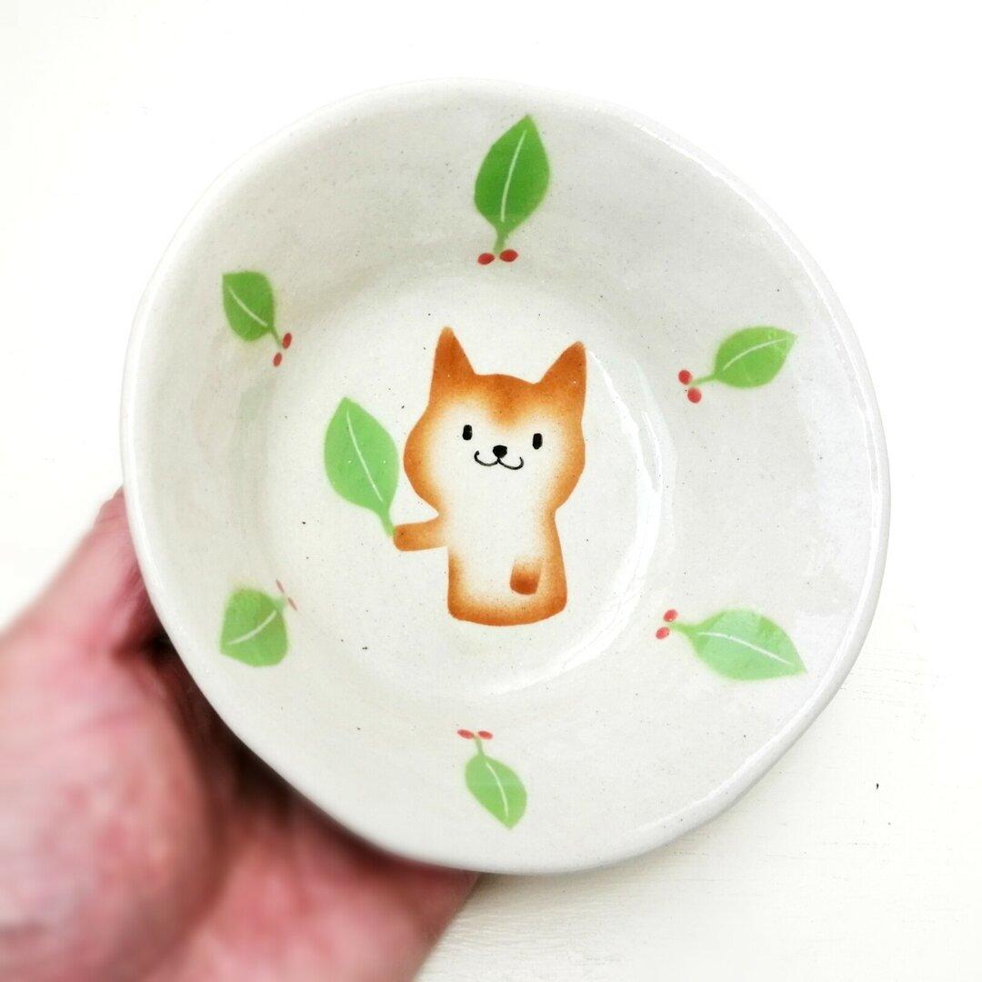 柴犬の浅いボウル・リーフ柄 試作品 陶器のわんこ