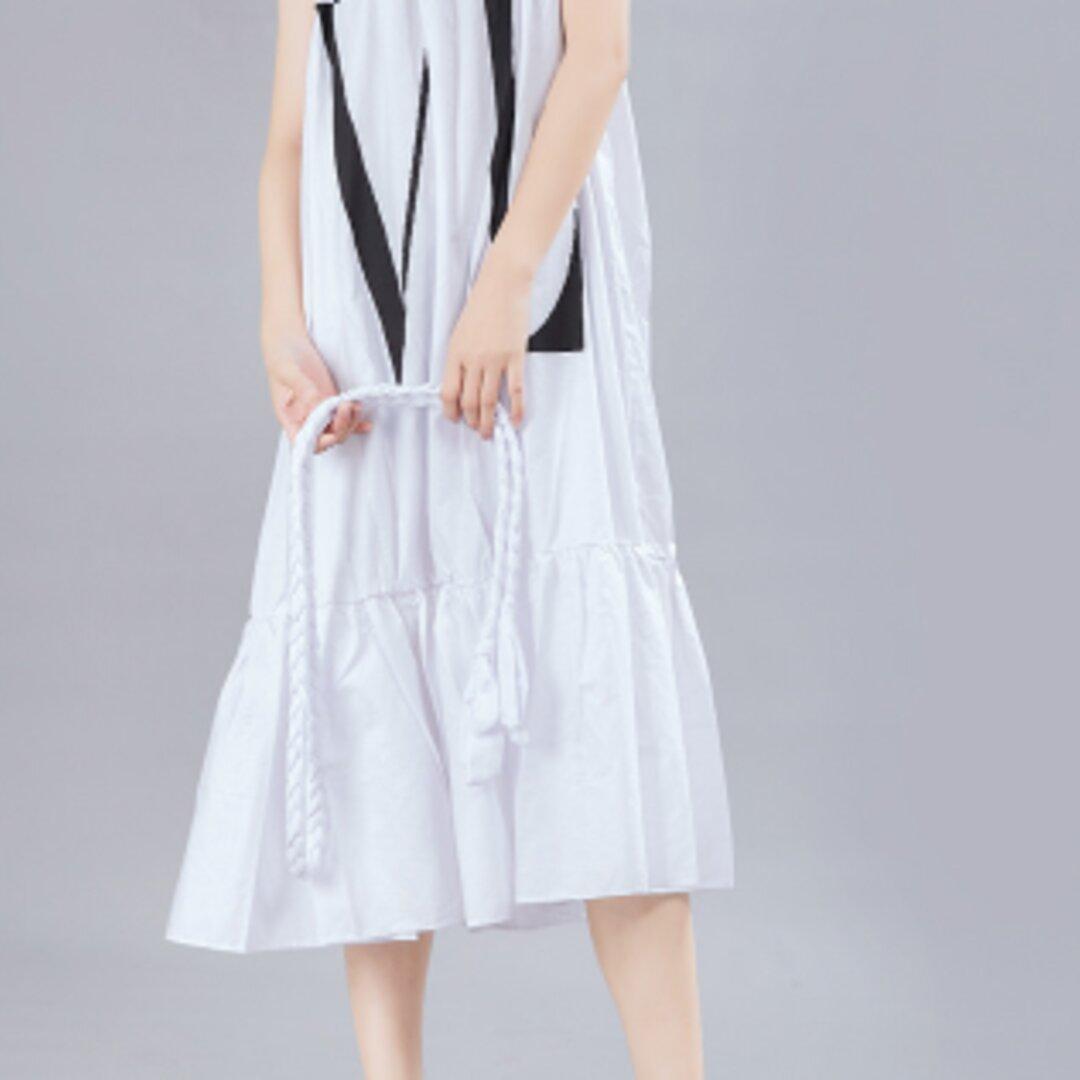 日本のドレス夏オリジナルデザイン暗い緩いプリントビッグスイングサスペンダードレス
