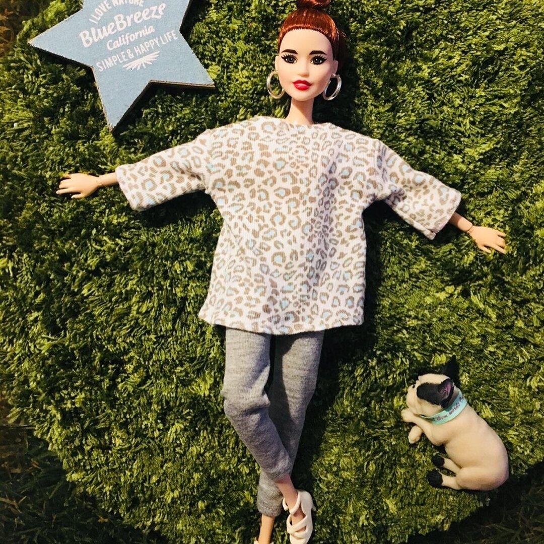 オフショルダーレオパード柄ゆるトップスバービー人形サイズ
