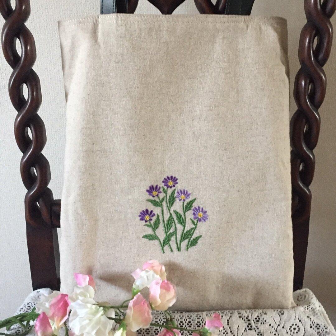 花の刺繍トートバッグ