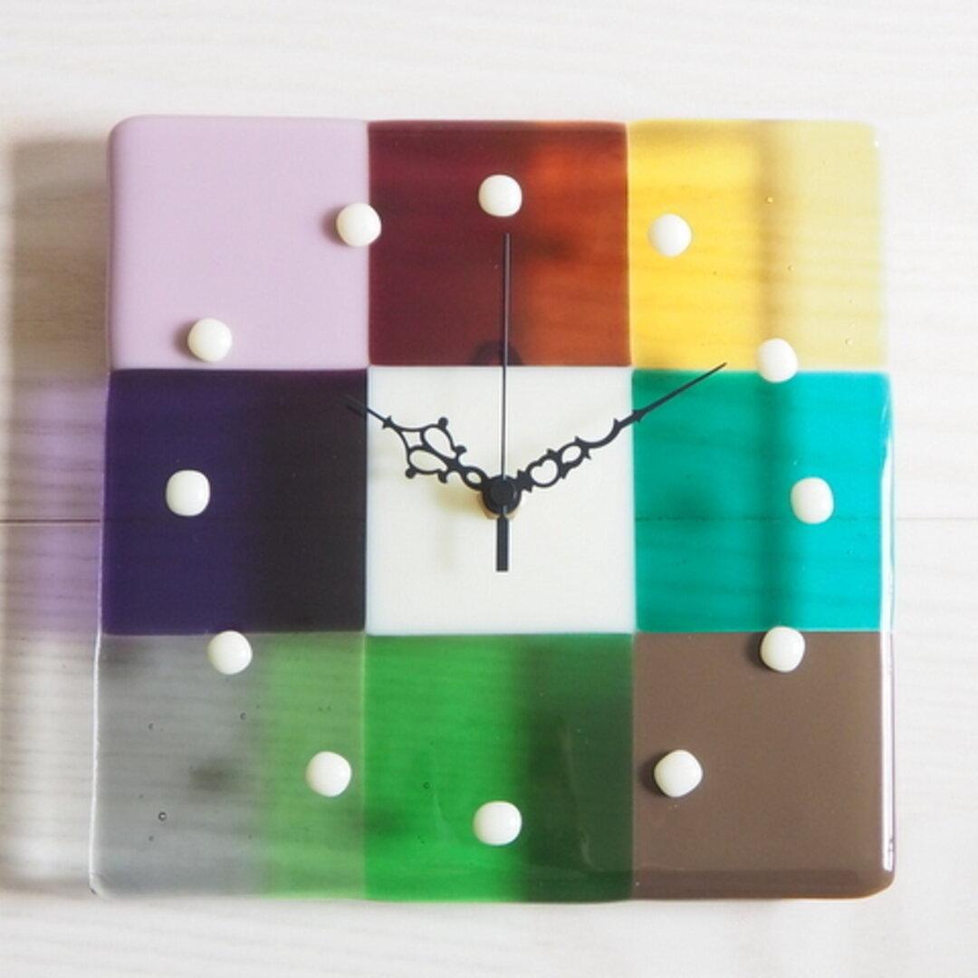ガラスのカラフル時計