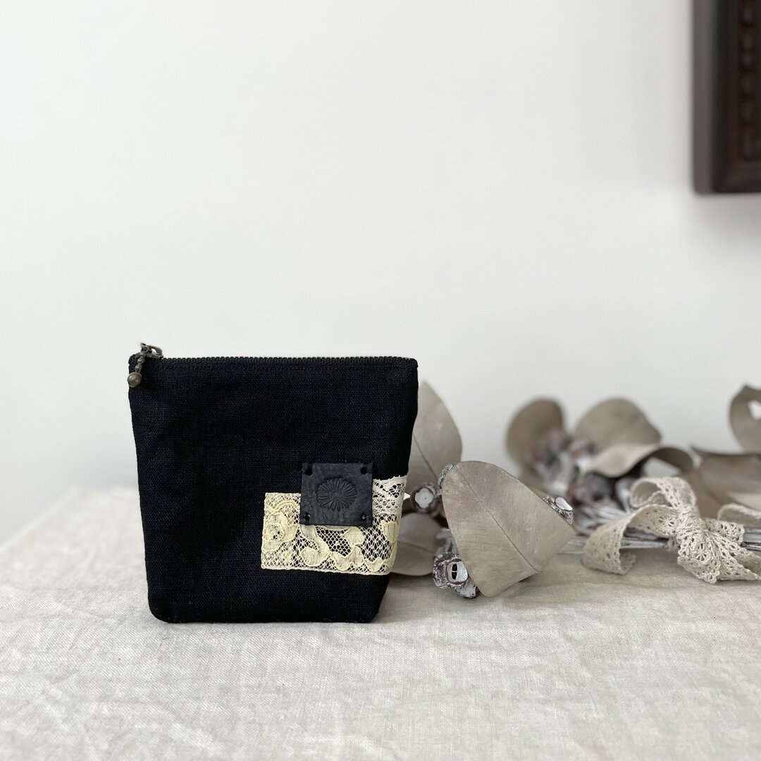 ブラックリネン*アンティークレース ミニポーチ