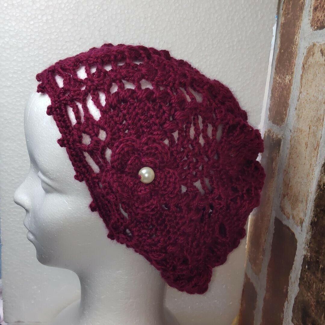 ウール・パイン編み・ニット帽(ローズレッド)ベレー帽、パイン編み、透かし編み、手編み、ハンドメイド