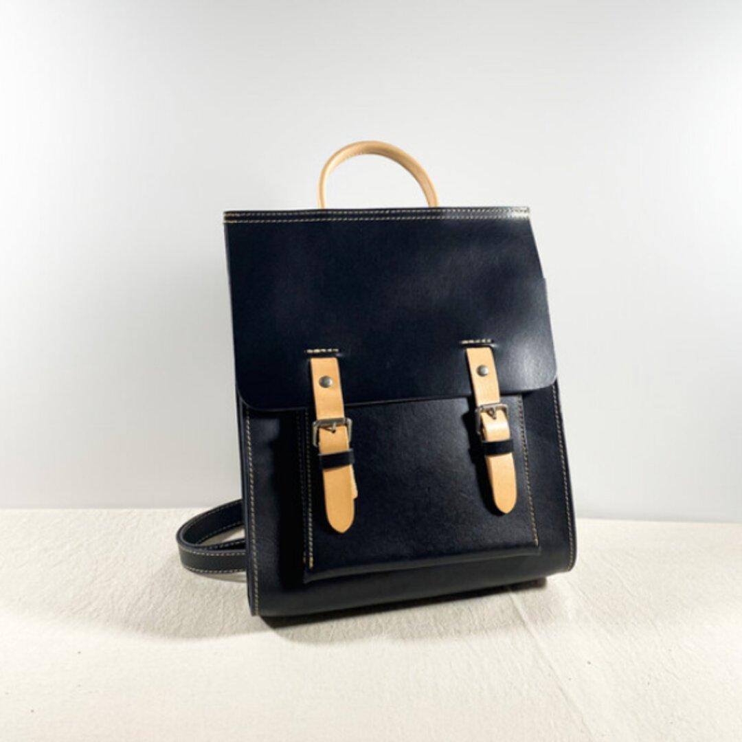 ヌメ革シンプルなリュックバッグ/バックパック/斜め掛けバッグ