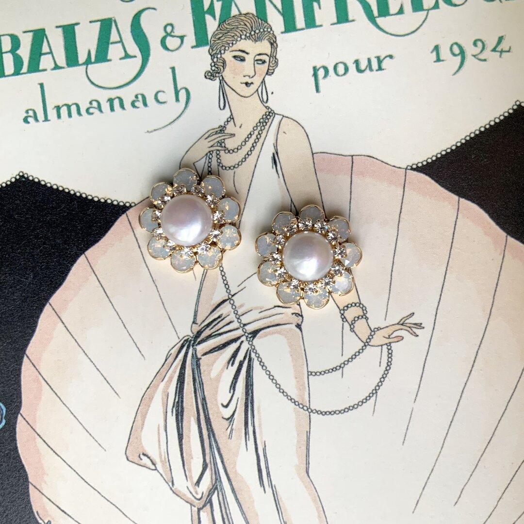 Swinging-Sixties flower(pearl) pierce / earring