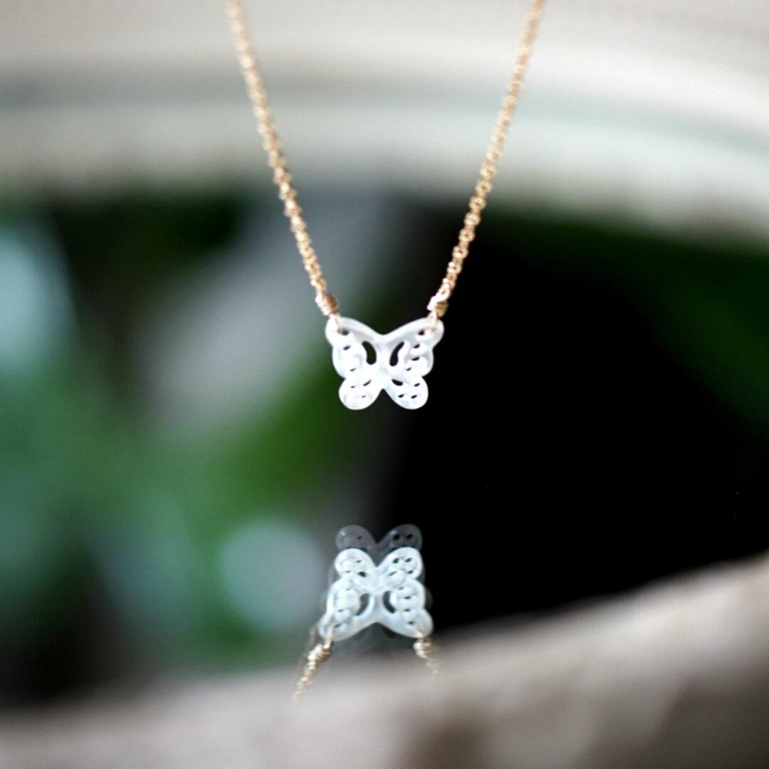白蝶貝のバタフライフィリグリーネックレス ~Ivanna