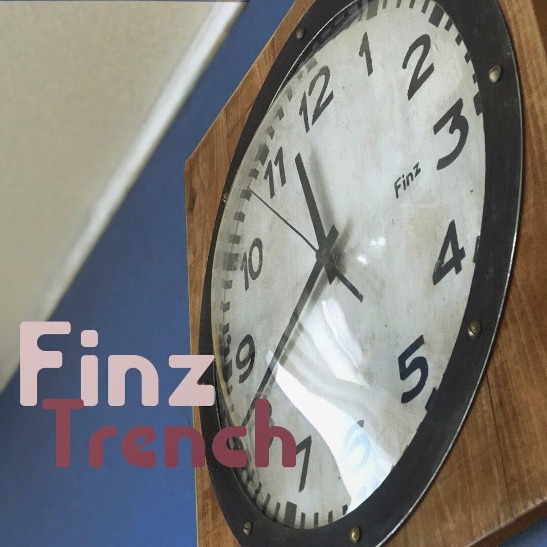 大型 壁掛け時計 掛け時計 FINZ TRENCH