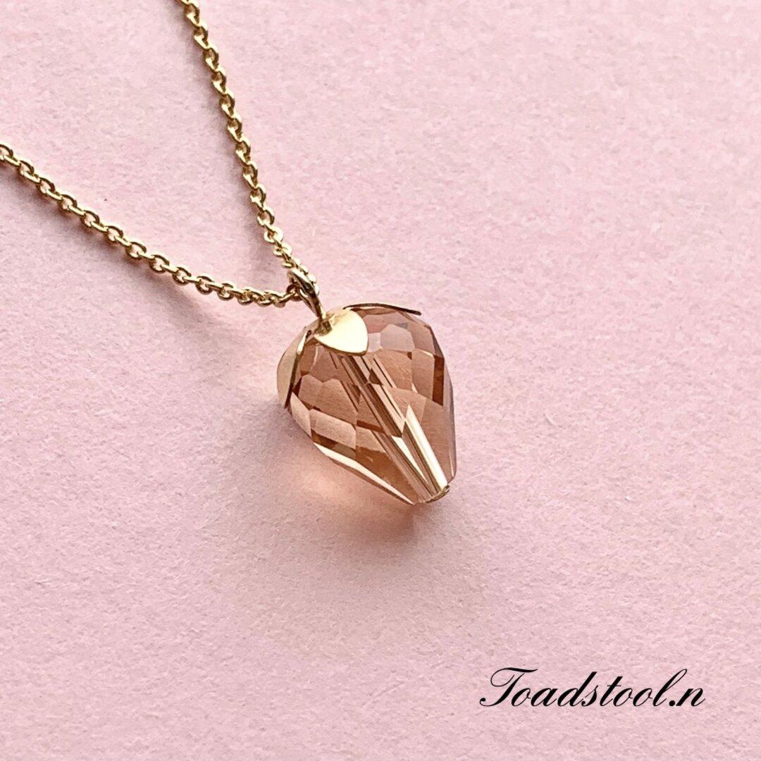 宝石いちご🍓 ネックレス