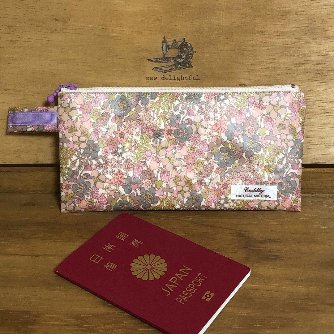 後ろポケット付きパスポートケース リバティFlowertops