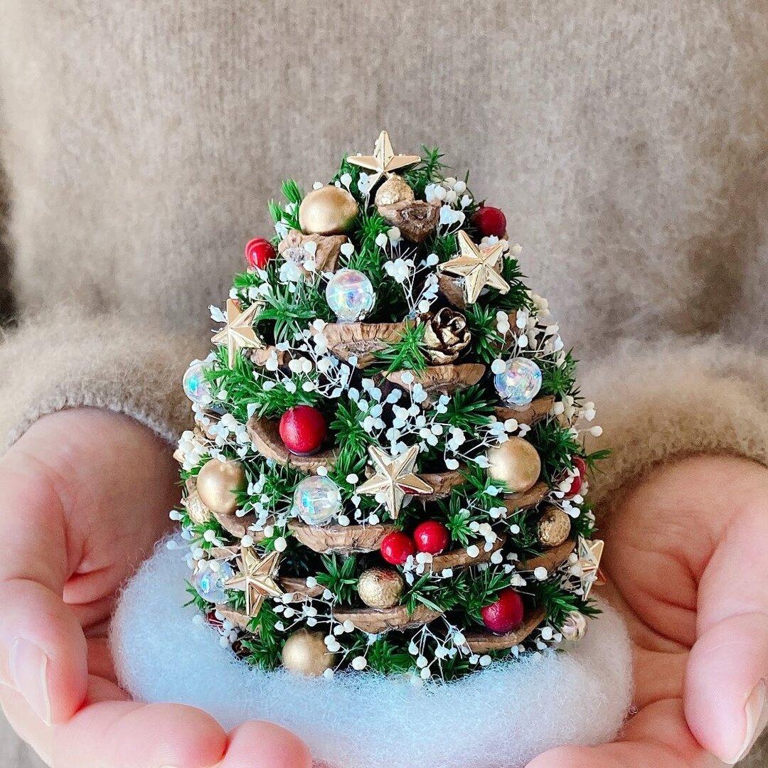 松ぼっくりの星降るクリスマスツリー 2021Mサイズ1