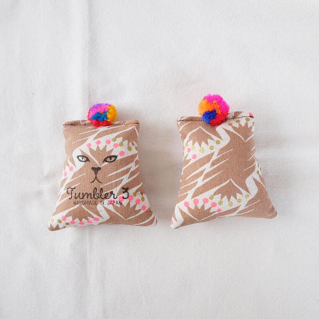 【送料無料♪】猫用・miniキッカー またたび入(ピンクのいなずま)