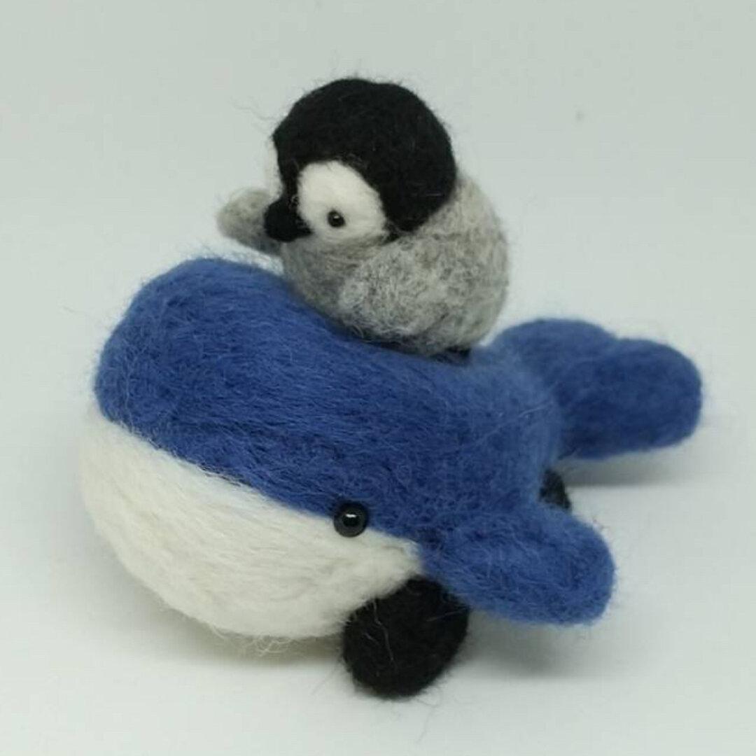 くじらカーとペンギン君