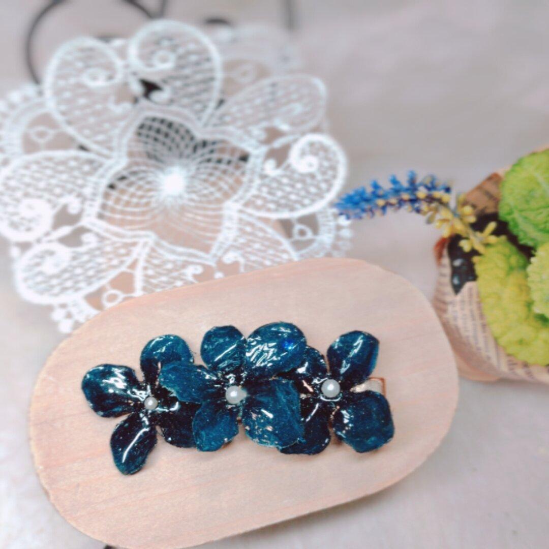 紫陽花バレッタ(ブルー) トレンド 人気 大人っぽい  ゴールド かわいい ヘアクリップ