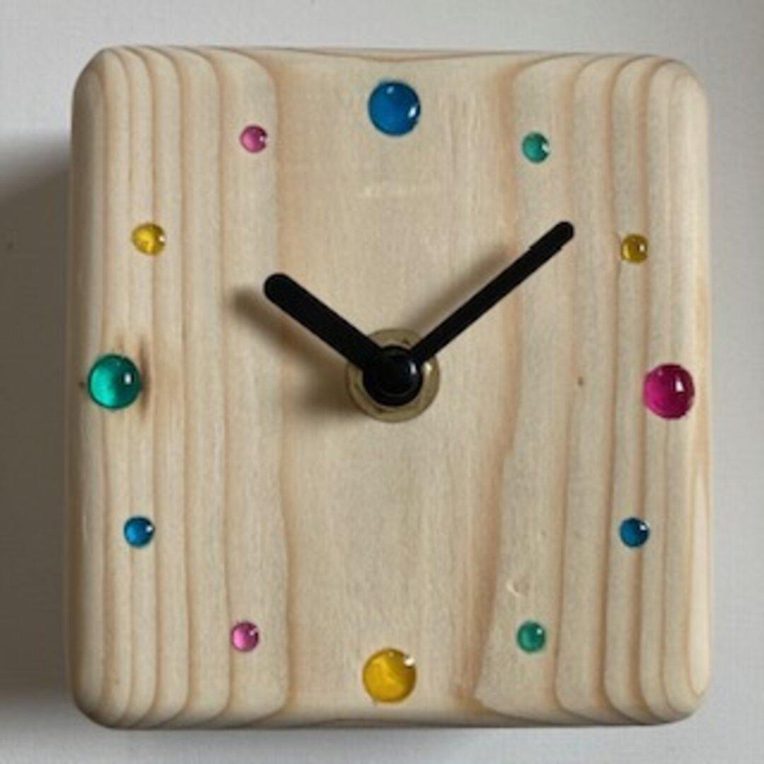 卓上クロック、置き時計、壁掛け時計、木製、かわいい、ハンドメイド、レジン、デスクオン