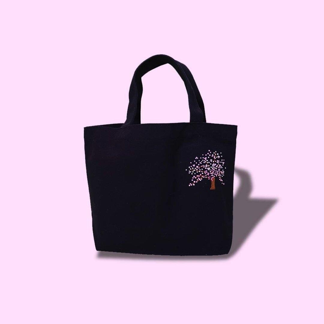 桜刺繍のミニトートバッグ【ブラック】