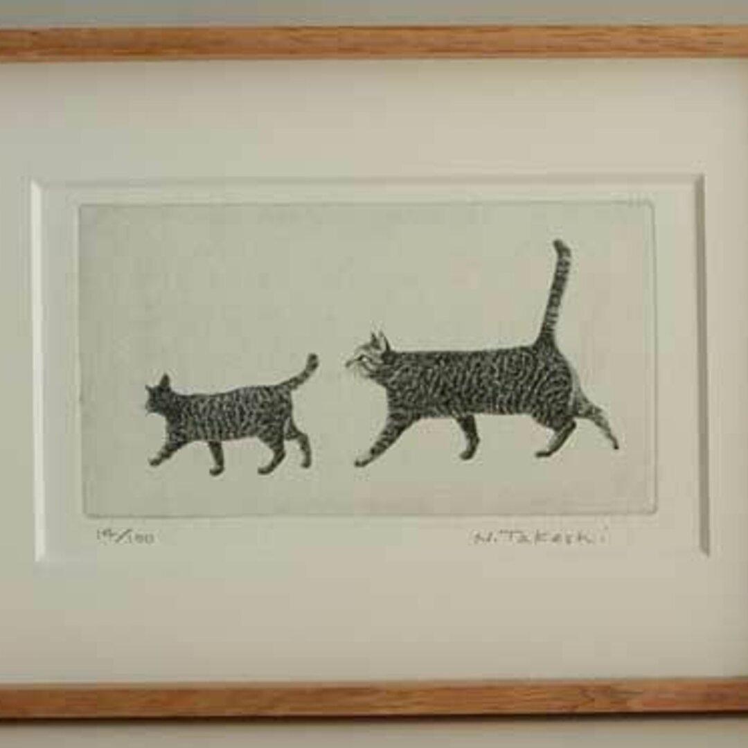 お散歩・二匹の猫/ 銅版画 (額あり)