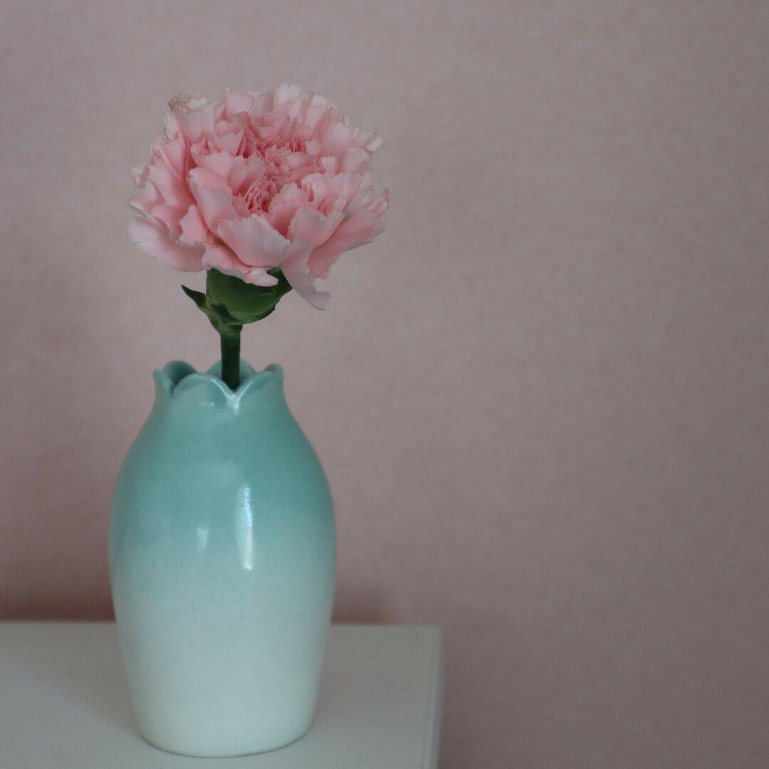 花びらの花瓶 グリーン