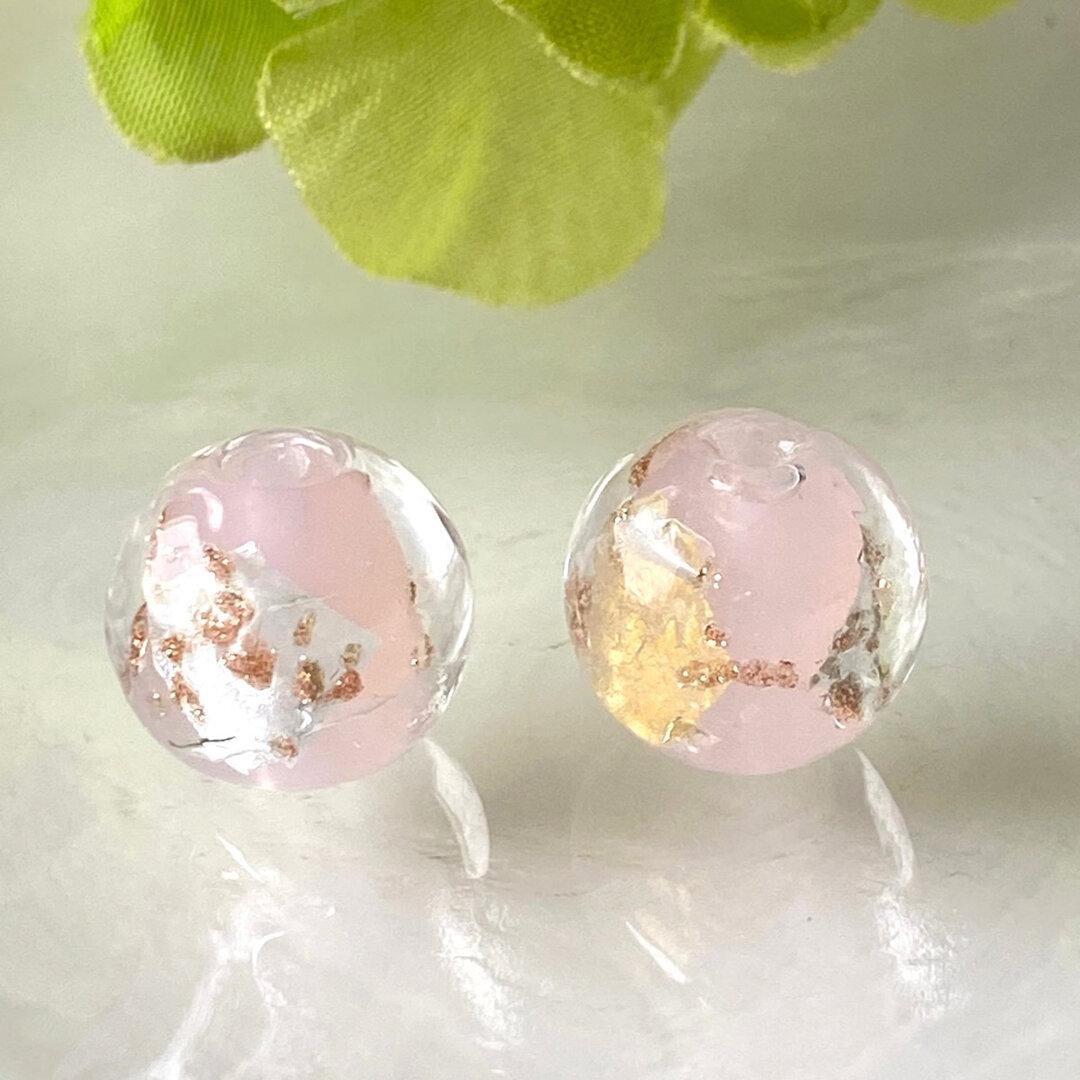 ガラスビーズ  2個 12mmトンボ玉 ha51 金箔 銀箔 ピンク ラウンドビーズ アクセサリーパーツ とんぼ玉 蜻蛉玉 チェコビーズ