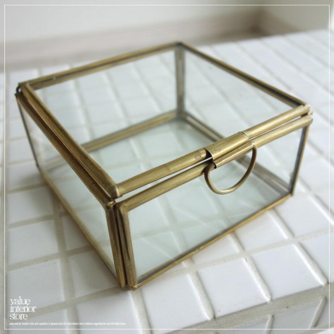 真鍮ジュエリーケース アクセサリーケース ショーケース ガラスケース 手作り レトロ調 真鍮 コレクションケース 什器 10.5 x 10.5 x 6cm