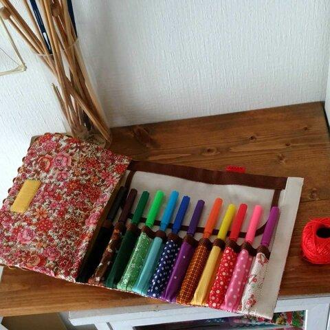 花柄のペンケース 12色のペン付♪