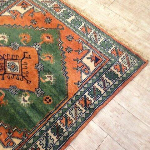 手織り絨毯 ハンドメイド カーペット ほぼ正方形 kilim ✳︎国内送料無料