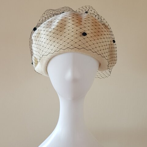 【受注制作】チュールベレー帽❤️ オフホワイト+ チュールBlack Pois