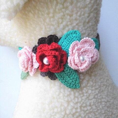 バラの花が豪華なワンちゃんアクセサリー(zakka-28夏)