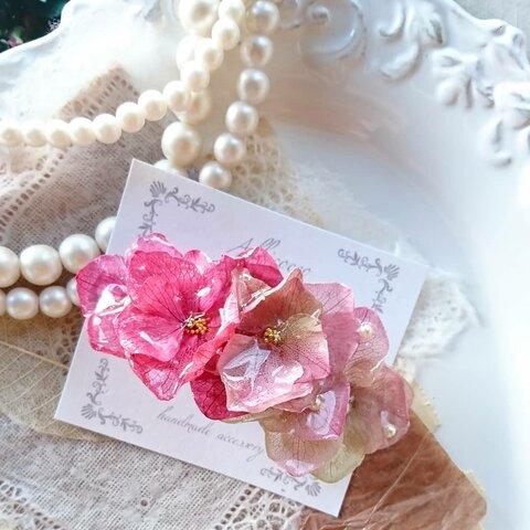 再販 グレイッシュピンク×くすみカラーの花びらグラデーションバレッタ