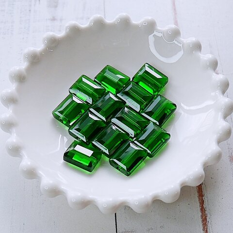 【472p-c1】4pcs  スクエアカット 美ガラスビーズ グリーン 12×9.5mm