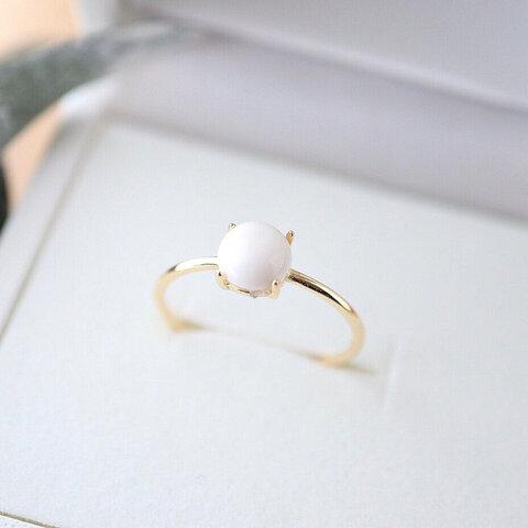 """ snow white "" ホワイトオニキス6mm 華奢リング"