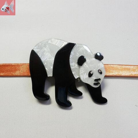 ◆アクリルパンダの帯留め飾り