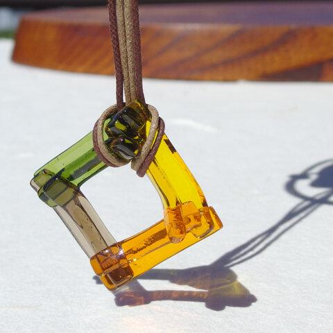 ≪特集掲載≫秋色重ねガラス『いろがさね【秋】』ネックレス 【大さ選べます】【紐の色、長さ選べます】【受注制作】