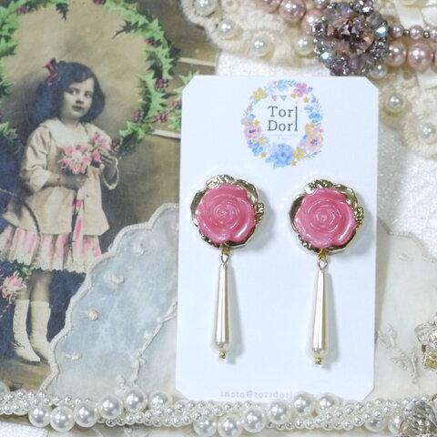 Rose ボタン × ティアドロップ パール ピアス 《 pink 》