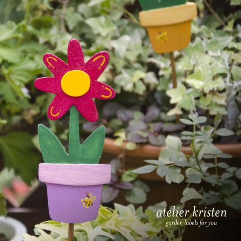 キュートなフラワーピック(濃いピンクのお花)