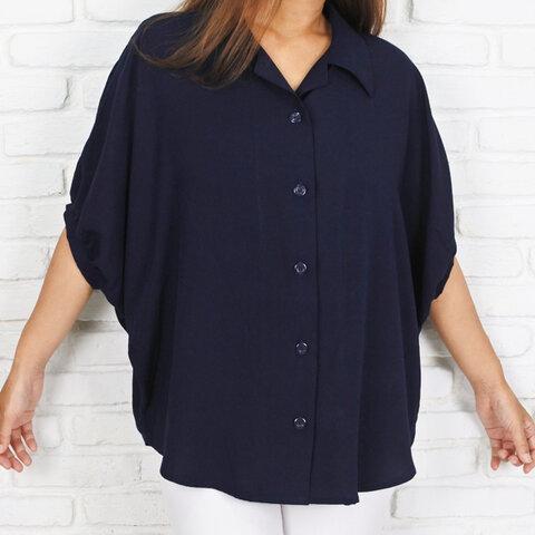 ビッグシルエットのドルマンシャツ <ネイビー>