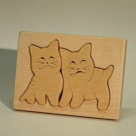 木のパズル 二匹のスマイル子猫